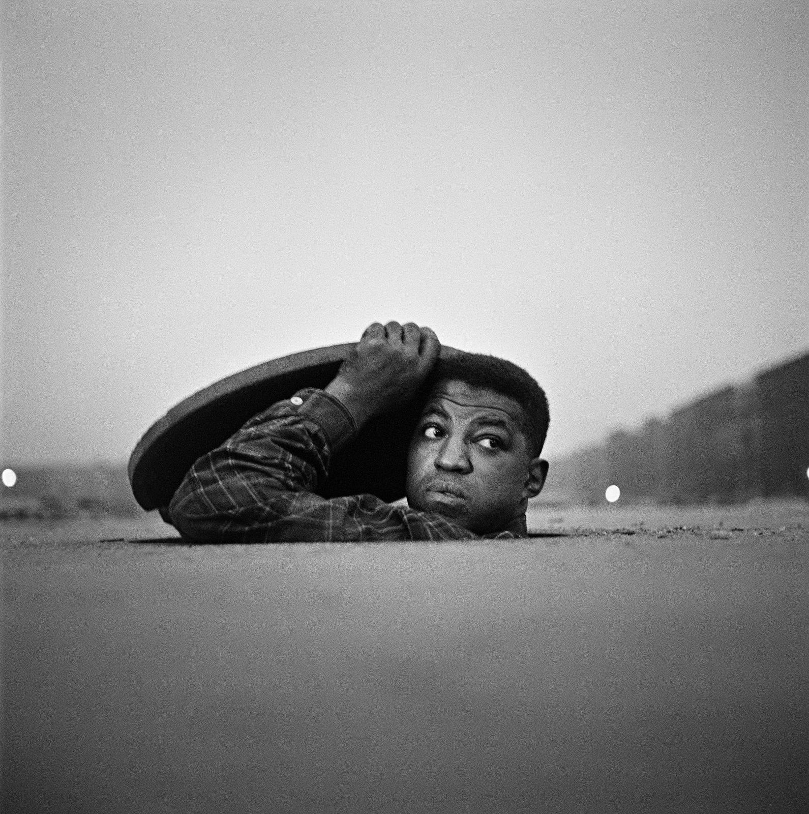 The invisible man, Harlem NEW YORK, 1952, Gordon Parks
