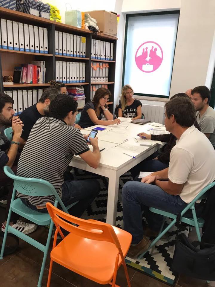 Grupos de trabajo en Harresiak Apurtuz